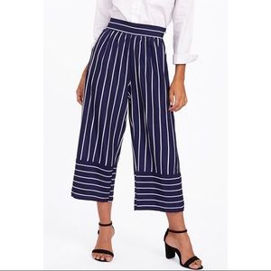 ‼️Coming Soon‼️Wide Leg Pant Navy & White Striped